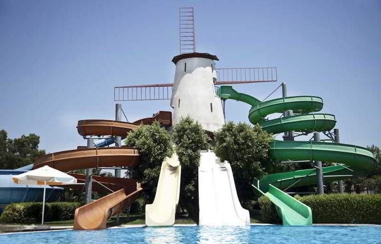 Sunrise Park Resort & Spa - Pool - 27