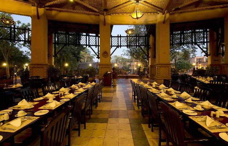The Kingdom at Victoria Falls - Restaurant - 20
