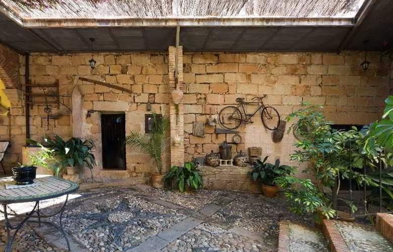 Palacio Guzmanes Hospederia Rural - Terrace - 39