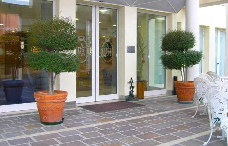Duca d'Aosta - Hotel - 5