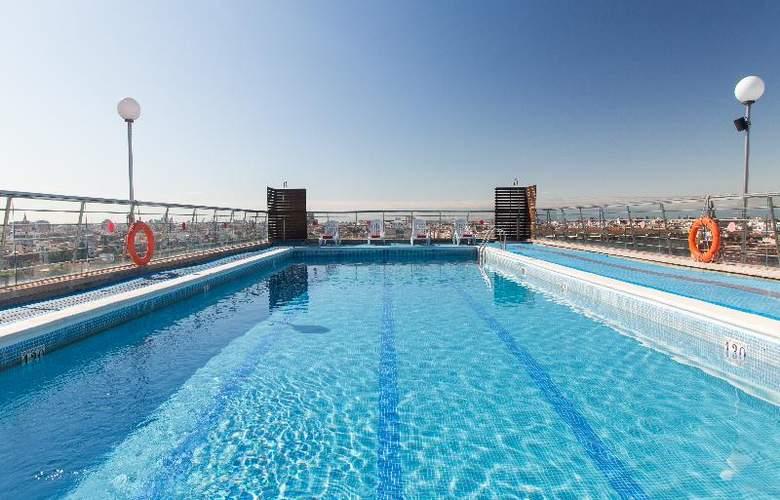Expo Valencia - Pool - 38
