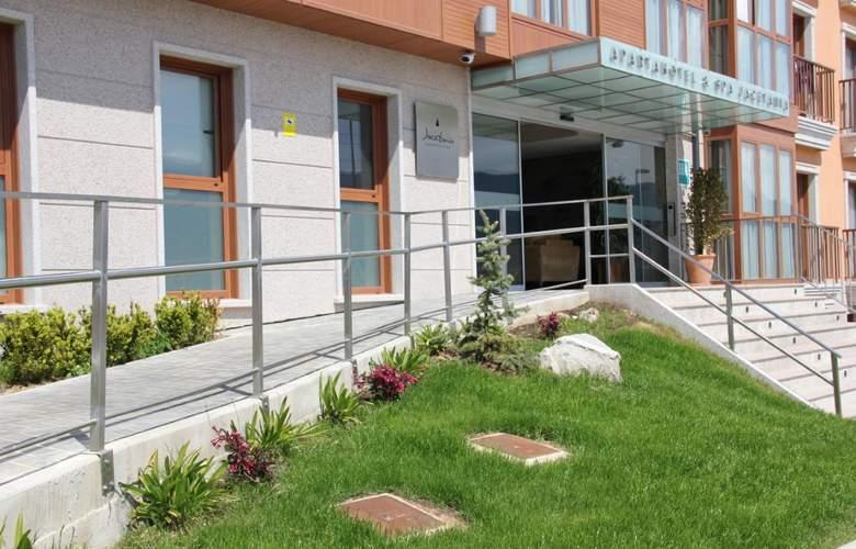 Jacetania Aparthotel & Spa - Hotel - 6
