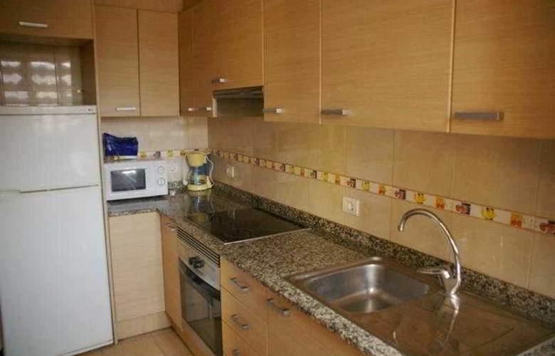 Estoril III-IV-V Orange Costa - Room - 2