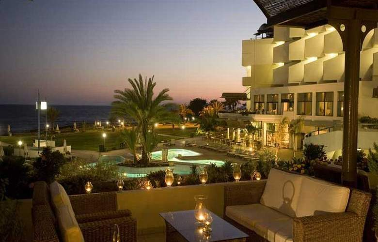Constantinou Bros Athena Royal Beach Hotel - Bar - 15