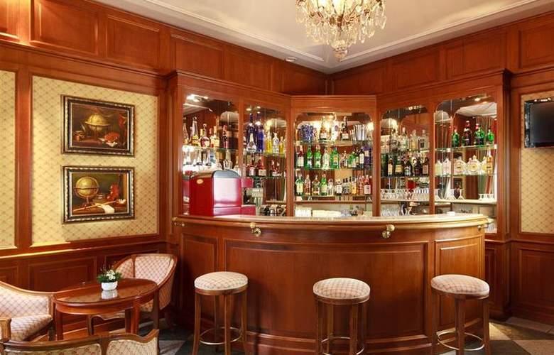 Kinsky Garden - Bar - 84