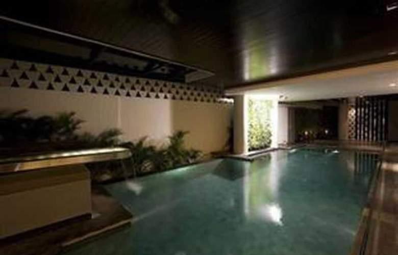 L Hotels & Resorts Seminyak Bali - Pool - 2