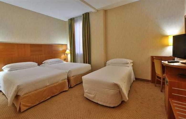 Best Western Cavalieri della Corona - Hotel - 11