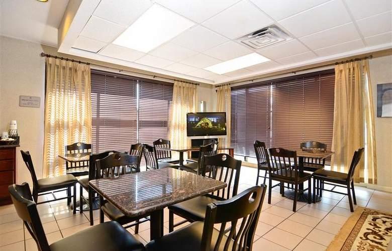 Best Western Executive Inn - Restaurant - 65