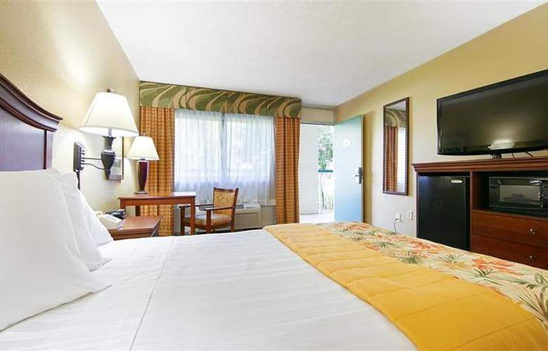 Best Western Plus Downtown Stuart - Room - 46