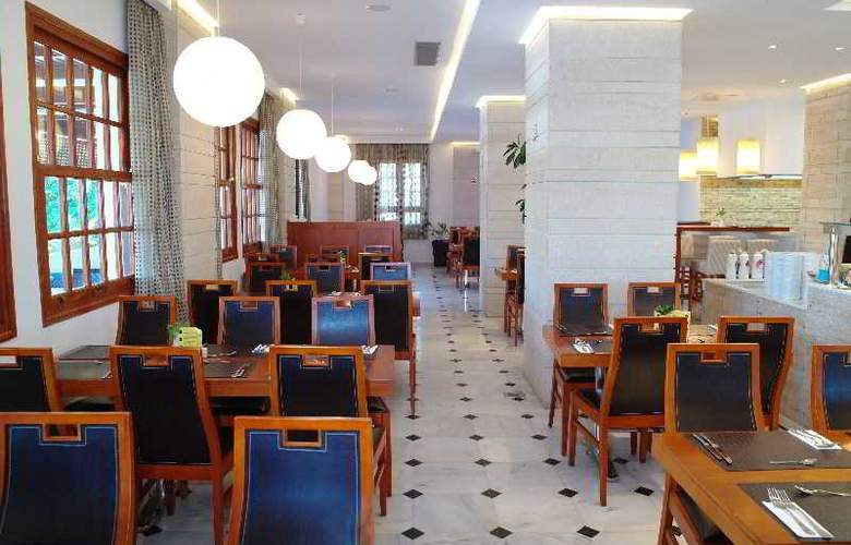 Kyknos Beach Hotel and Bungalows - Restaurant - 21