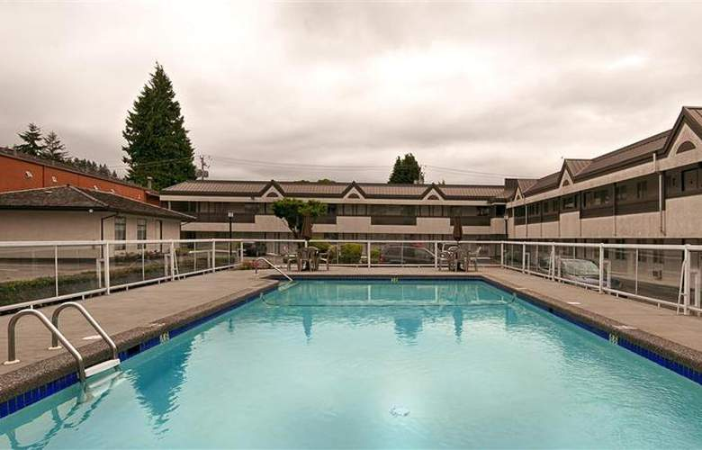 Best Western Capilano Inn & Suites - Pool - 34