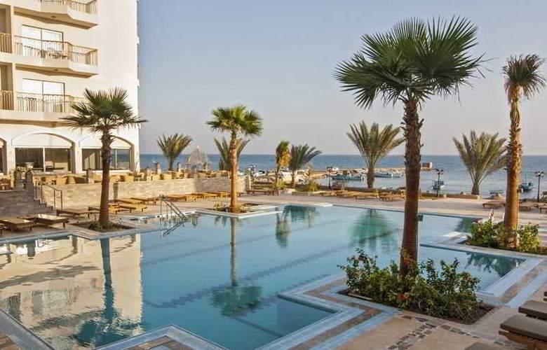 The Three Corners Royal Star Beach Resort - Pool - 23