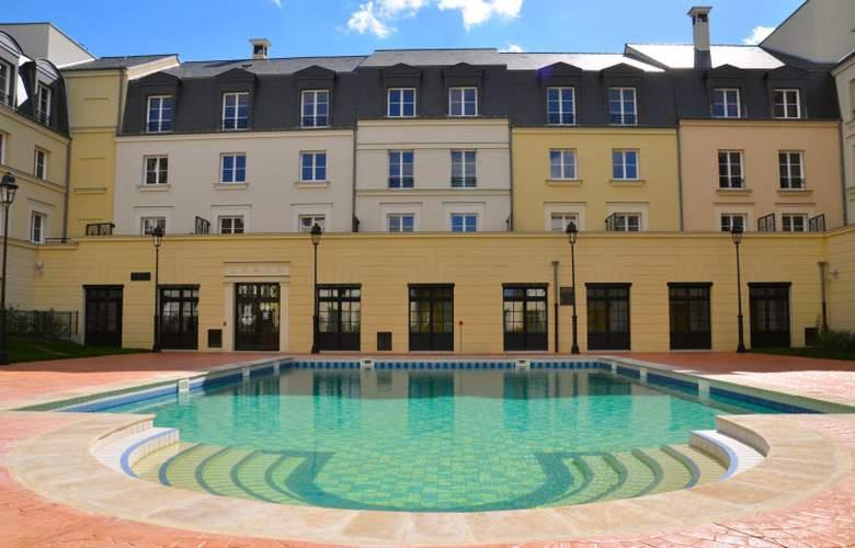 Hipark by Adagio Serris Val d'Europe - Hotel - 0