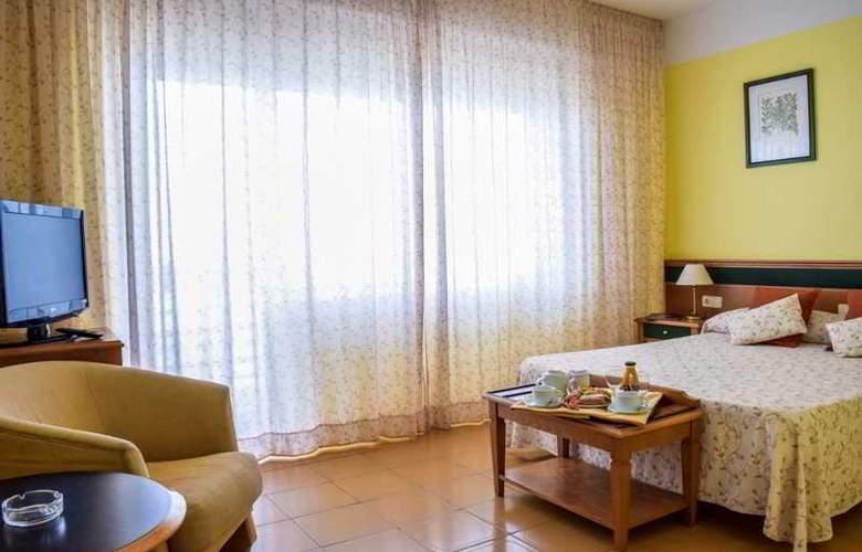 Cavanna - Room - 15