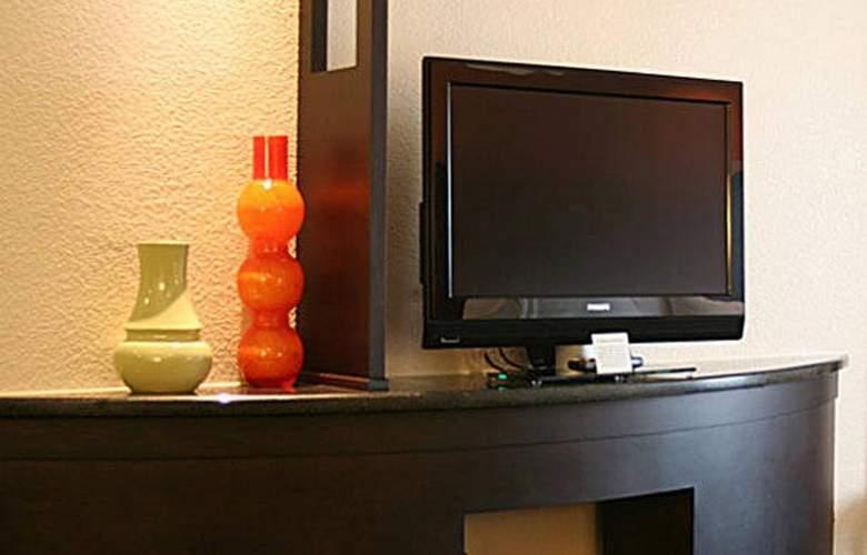 Fairfield Inn by Marriott Kansas City Internationa - Room - 4