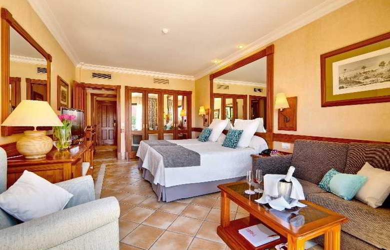 GF Gran Costa Adeje - Room - 16