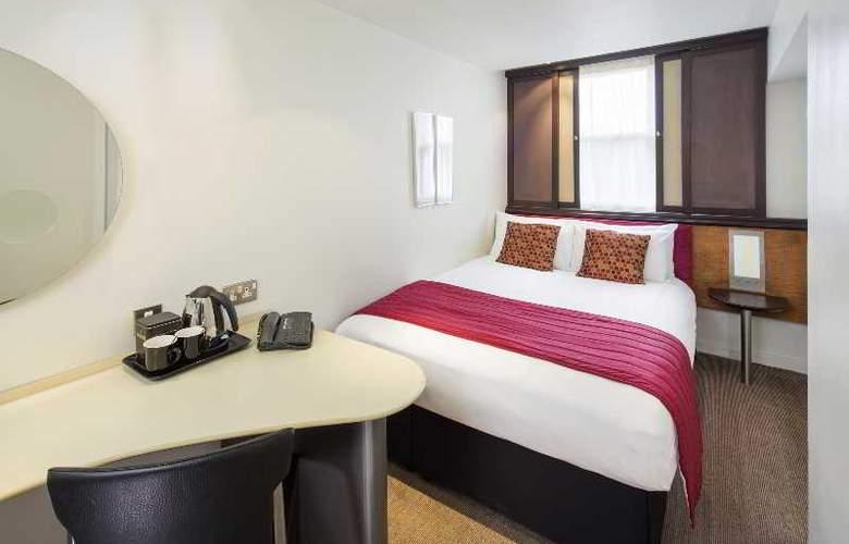 Corus Hyde Park - Room - 1