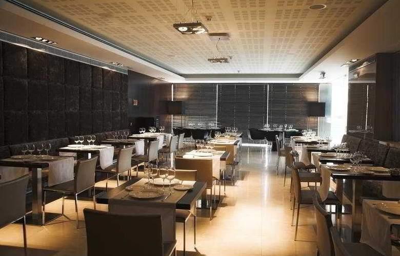 Zenit Pamplona - Restaurant - 25