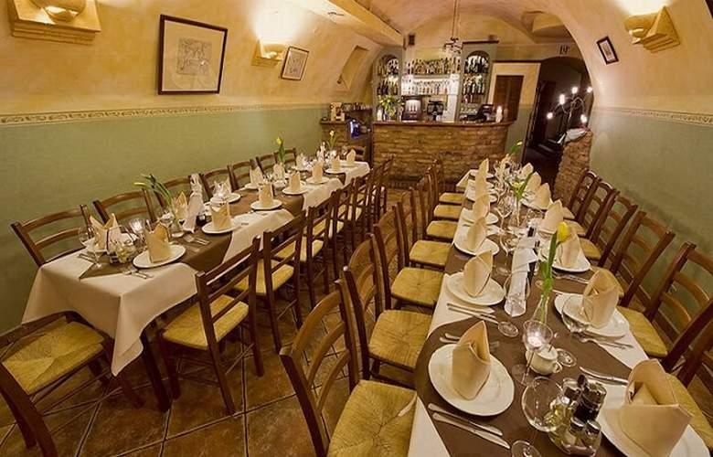 Rt Regent - Restaurant - 5