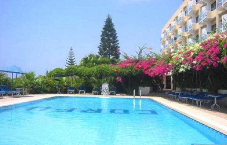 Corfu - Pool - 5