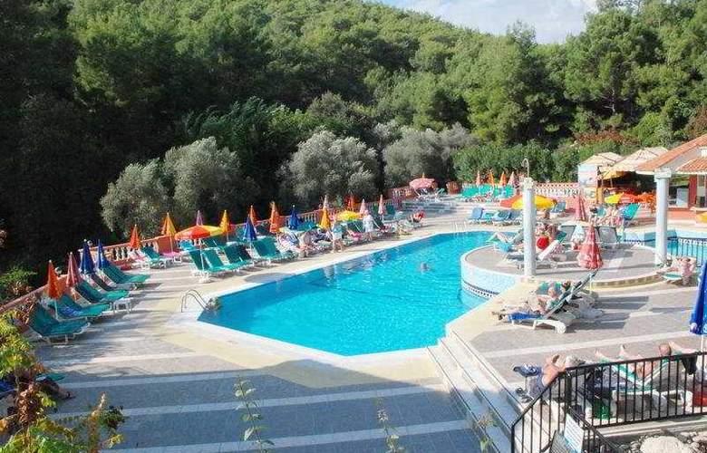 Pine Valley - Pool - 15