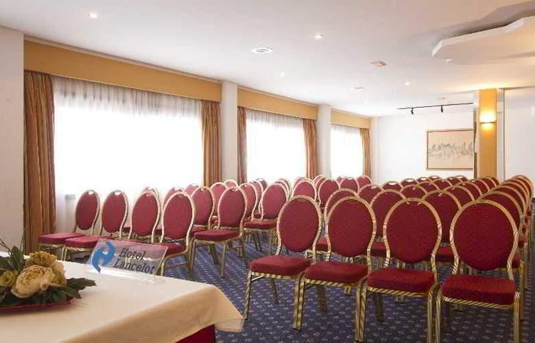 Lancelot - Conference - 5