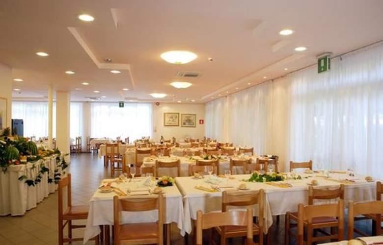 Helvetia - Hotel - 2