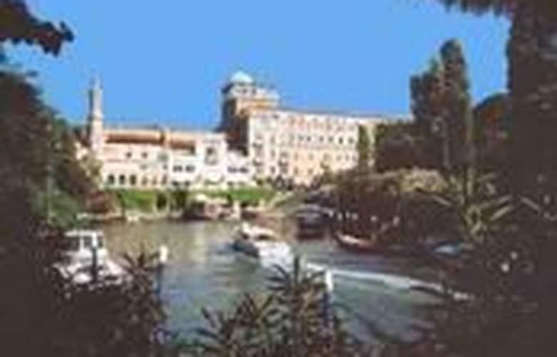 Excelsior Venezia Lido Resort - Hotel - 0