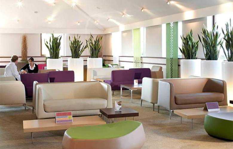 Novotel Stevenage - Bar - 31