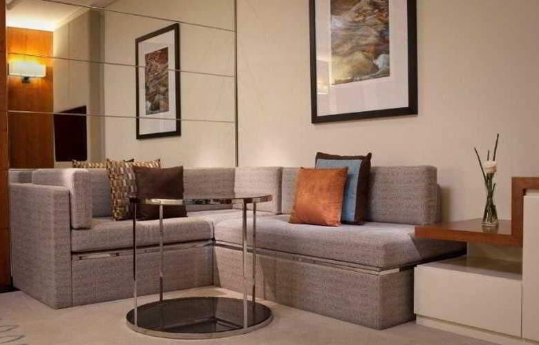 Jumeirah Emirates Towers - Room - 12