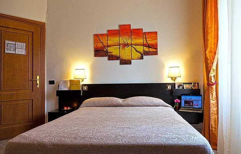 Bijou Rome - Room - 5