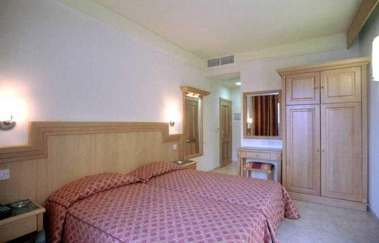 San Andrea - Room - 2