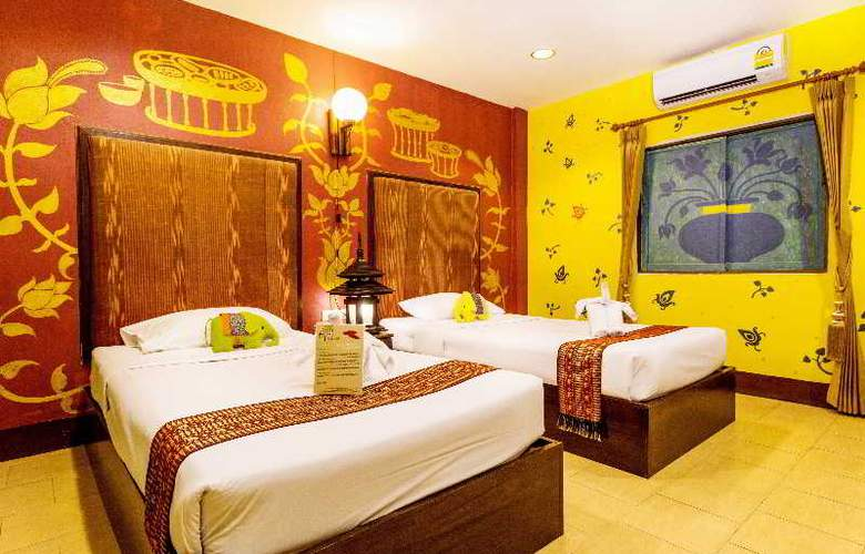 Parasol Inn - Room - 6