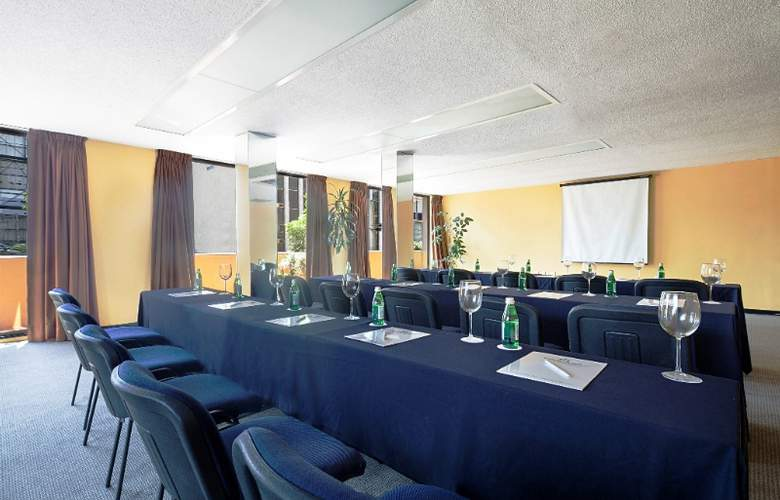 Exe Suites San Marino - Conference - 3