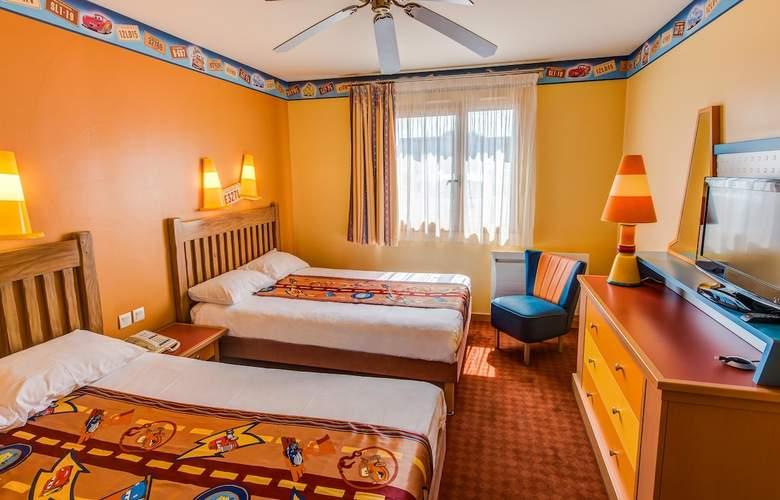 Disney's Hotel Santa Fe - Room - 2