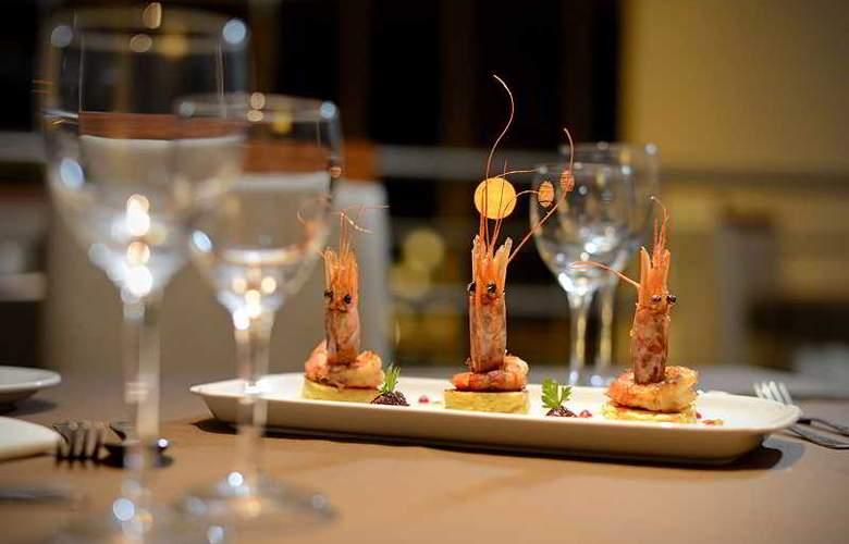 Grand Crucero Hotel - Restaurant - 3