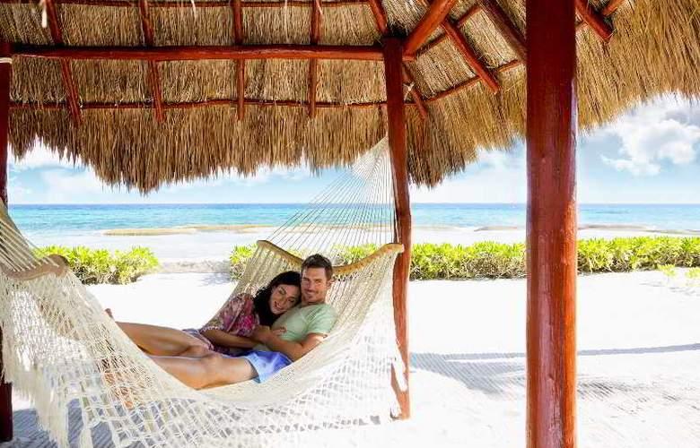 El Dorado Royale Gourmet All Inclusive - Beach - 10