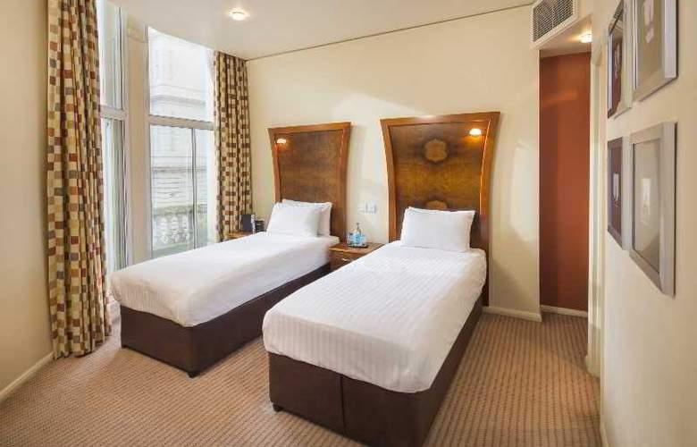 Corus Hyde Park - Room - 18