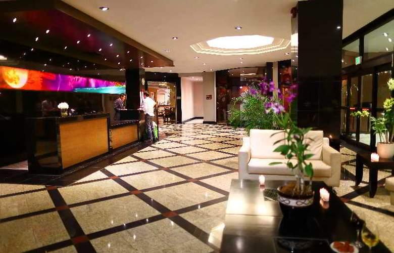 Crowne Plaza Panama - Hotel - 11