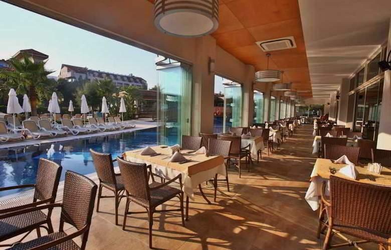 Evren Beach Resort - Restaurant - 23