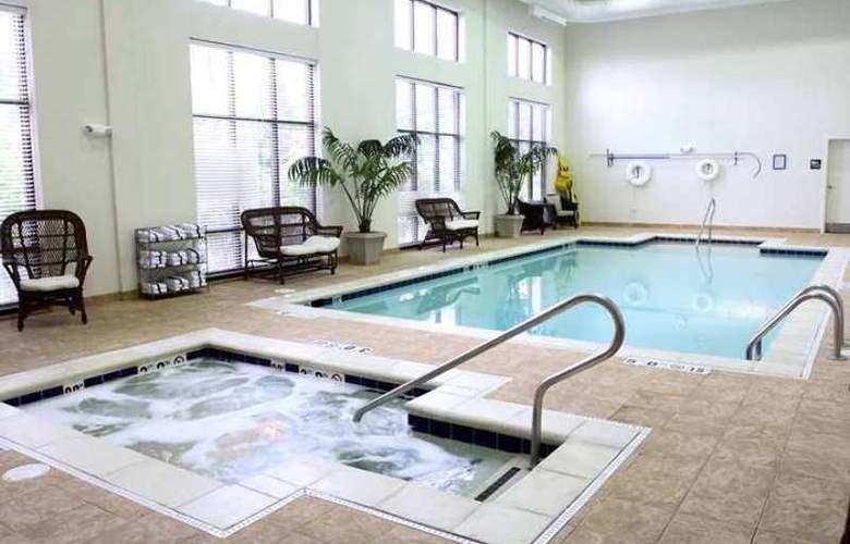 Hampton Inn & Suites Chesapeake-Square Mall - Hotel - 10