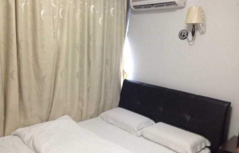 Aditya Hotel - Room - 7