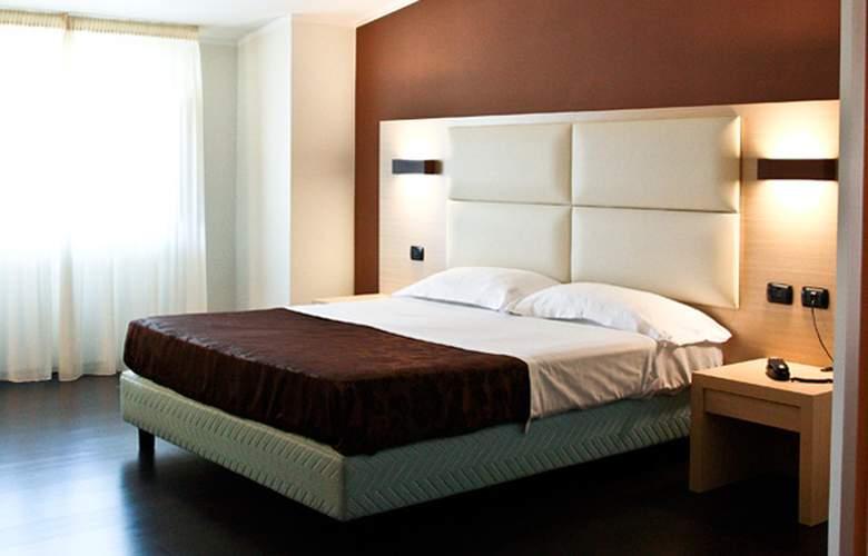 Morgan - Room - 1