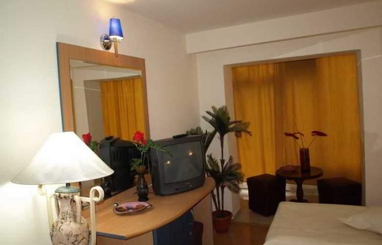 Caraiman Hotel - Room - 0