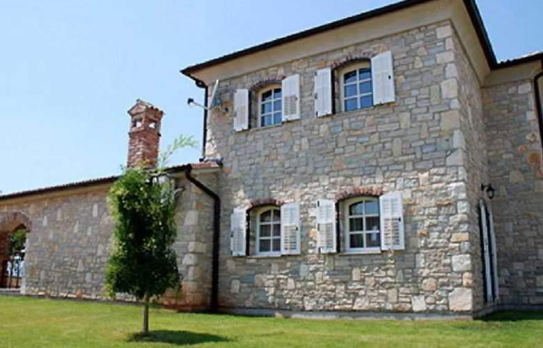 Villa Barat - Hotel - 0