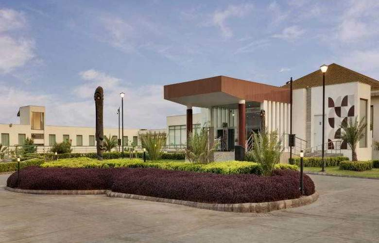 Four Points By Sheraton New Delhi Airport Highway - Hotel - 2
