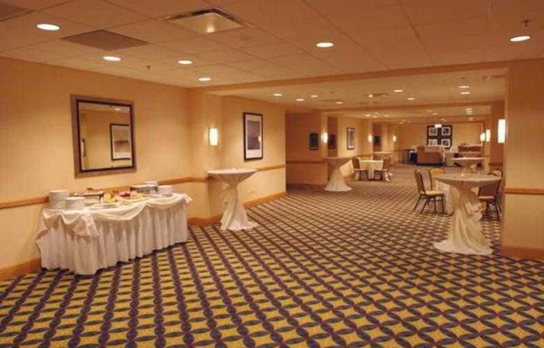 Renaissance Chicago O'hare Suites - Hotel - 8