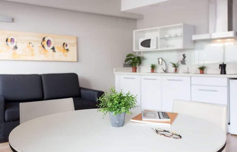 ValenciaFlats Centro Ciudad - Room - 11