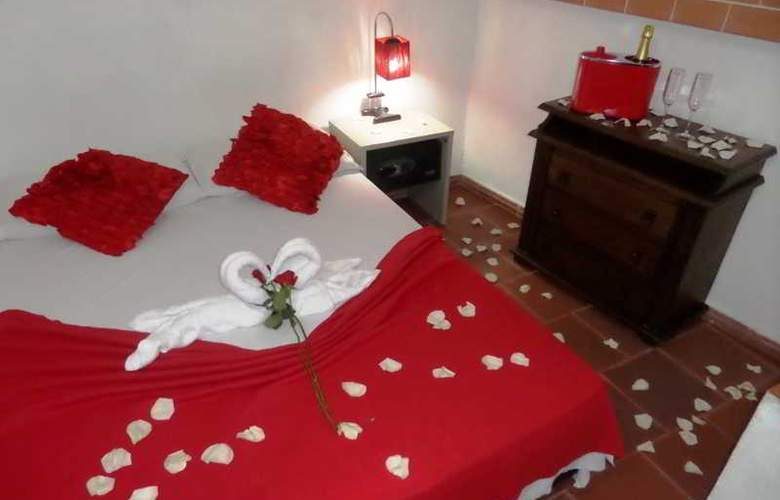 Hotel San Roque - Room - 2