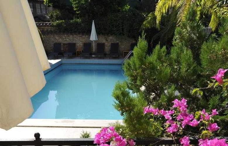 Tuvana Hotel - Pool - 2
